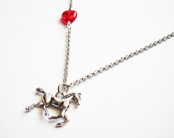 Horse Necklace, Heart horse necklace, girl necklace horse, equestrian horse necklace jewelry, silver horse necklace, horse pendant
