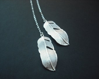 Bridesmaid Gift, Silver Bridesmaid Lariat with Two Sided Cute Feather Lariat - Version 2