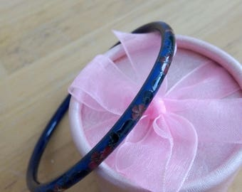 Flowers and blue enameled Bangle Bracelet