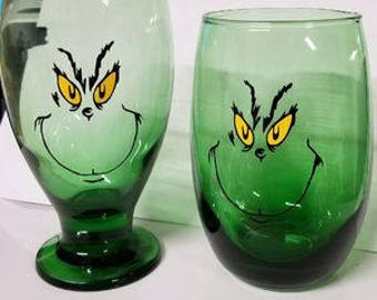 Grinch Wine Glasses, Set of 2 (With or Without Stem)