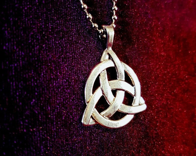 Triquetra Necklace - pagan wicca wiccan celtic symbol pendant goth gothic