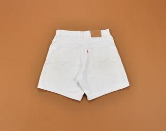 White Levis Shorts, White Denim Shorts, White Jean Shorts, Vintage Levi Shorts, High Waisted Shorts, 90s White Shorts, Womens Shorts Size 6