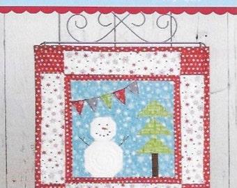 Snowman Mini Quilt Pattern, A Season of Mini's Winter, This & That Mini Quilt Patterns, Christmas Mini Quilt Pattern, TT 318