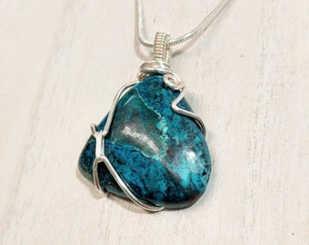Stunning Parrot Wing Crysocolla Pendant