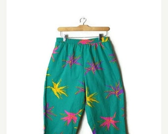 ON SALE Vintage Green x Floral/Hibiscus Hawaiian Cropped Cotton pants from 80's*