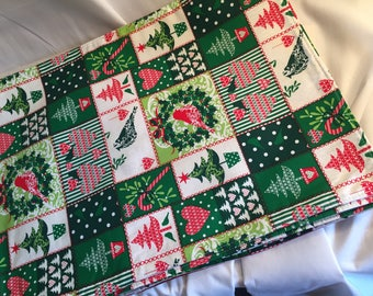 Christmas Placemats, Holiday Placemats, Reversible Cotton, OOAK Handmade, Set of Six Placemats