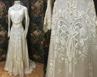 Early 1900's GORGEOUS Princess Lace on Tulle Wedding Gown with Original Silk Lining, Fantastic Lace, Wearable, Size Small