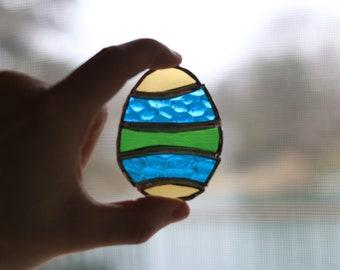Easter Egg Stained Glass - stained glass, stained glass art, Easter, Easter egg hunt, Easter 2018, stained glass decor, easter decor