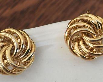 Vintage Gold Love Knot Clip Earrings, Trifari, Vintage Earrings, Vintage Gift, Gift For Her, Gift For Mom,  For Grandmother, Clip Earrings