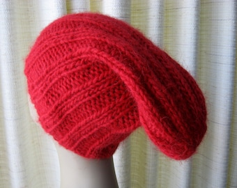 ICELANDIC Lopi WOOL Chunky Hand Knit Beanie Hat in RED /  Slouch knit beanie hat / Ski Knit Hat
