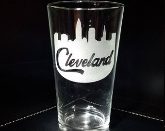 CLEVELAND OHIO Skyline Etched Pint Glass