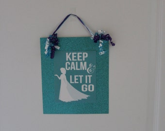 Frozen party decoration/signs