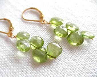 Peridot earrings -  gold earrings - green earrings - V I D A 298