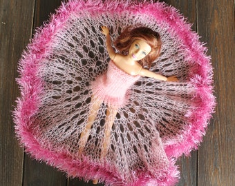 barbie clothes - handmade pink barbie gown