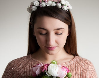 Bride Headband with White Flowers - Hen Do White Floral Crown - Bridal Party Hair Accessory - Acrylic Bride to Be Headband