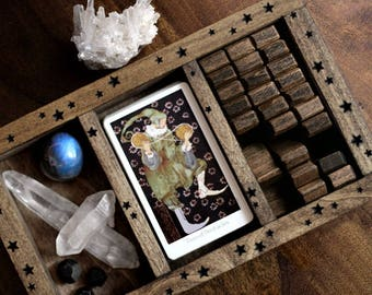 Tarot, Rune or Crystal Display Box - Starry Engraving