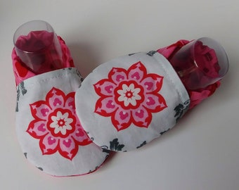 Baby girl soft sole shoes, girl booties, cotton booties, 0-6 month shoes, baby shower gift, baby girl booties, baby soft shoes, cotton shoes