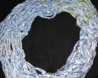 Infinity scarf: wide single loop
