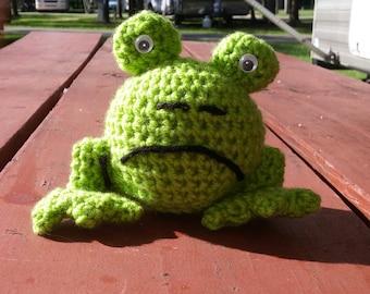 Froggie love!