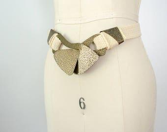 vintage stretch belt / large hammered brass interlocking buckle