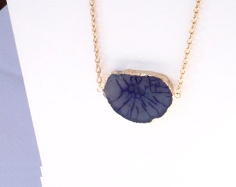 Blue Gemstone in Gold Frame with Gold Chain Necklace