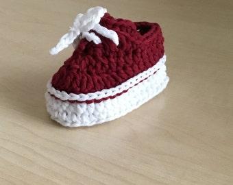Crochet PATTERN Sporty Babby Bootie & Visor Hat Set N 236