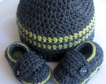 Baby Hat and shoes, Baby Booties set // You choose size and colors