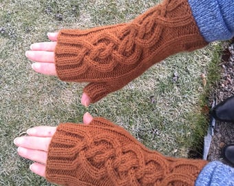 Brown Fingerless Mittens,Mittens,Mitts,Fingerless Gloves,Handknitted Mittens,Handknitted Gloves,Gloves,Cable Pattern Mittens,Wrist Warmers