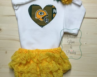 Packers Bodysuit, Ruffle Diaper Cover and Headband Set Made from Green Bay Packers Fabric, Packers Baby Outfit, Baby Girl Packers, NFL