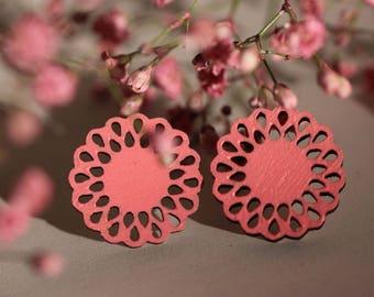 Daisy -Stud Earrings (rose)