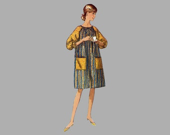 1960s Caftan Robe MuuMuu Sewing pattern, Simplicity 6074, Bust 31 - 32 inches Raglan sleeves Patch pockets, Two lengths, gathered cuffs