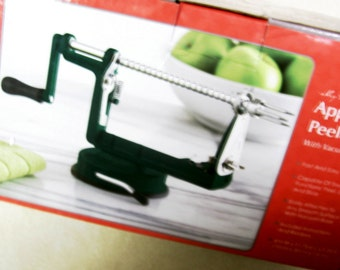 Apple Peeler Core Peels Slices Fruit Vegtable Slicer Holiday Gift Kitchen Gadget Gift Quick Easy Instuctions Apple Recipe Green Apple Gadget