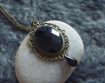 vintage Necklace: black mirror