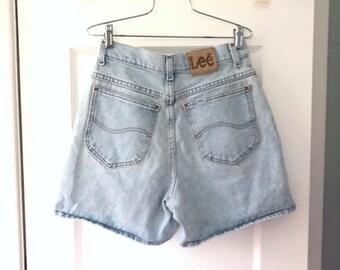 "Vintage 80s 90s High Waisted  LEE Jean Shorts |  Vintage Light Blue Lee MoM Jeans Shorts | Faded Denim Shorts W 24"""