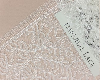 Sophie Hallette Ivory lace trim, Chantilly Lace Trimming (French  lace trimming)  MB00119