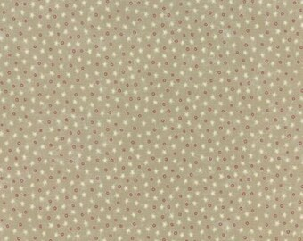 Red White and Free by Sandy Gervais for Moda 17808 15, Novelty Tiny Stars, Stone