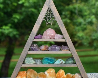 Vintage Wash Grey Crystal Charging Triangle Display Shelf