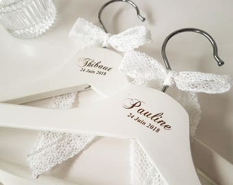 Set of 2 wedding bridal hanger in white wood wooden hangers dress hanger bridel hanger gift for friends or family