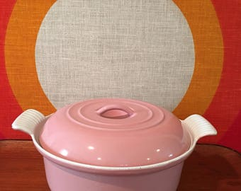 Vintage Pink Dutch Oven, Enameled Cast Iron Dutch Oven, Mid Century Dutch Oven, Lidded Cast Iron Pan, Mid Century Casserole Dish with Lid