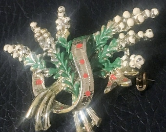 Exquisite brooch, lucky heather, Scottish brooch, white heather, Scottish gifts, something old, heathers pin, good luck gifts, superstition