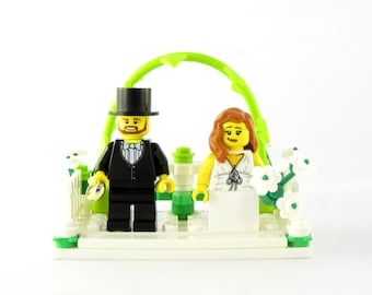 Garden Wedding Cake Topper-Personalized-Bride and Groom or Same Sex Couples-Names *LAST ONE* Crafted From LEGO® Elements