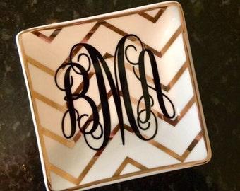 Personalized ring dish/ Ring tray/ ring holder/Chevron ring dish/ monogram ring dish/ monogram dish/ custom ring dish