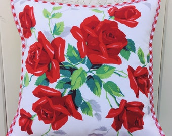 vintage red roses pillow cover 14""