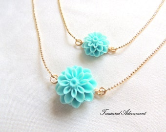 Mommy and Me Necklaces, Mum Flower Necklace set, Mother and Daughter Necklace set Light Blue, Easter gift basket, Mommy and Me outfits, pair