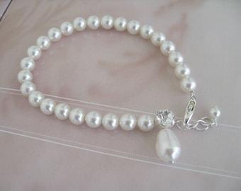 Bridal Jewelry Wedding Jewelry Bridal Accessories Bride Bridesmaids Pearl  and Rhinestone bracelet