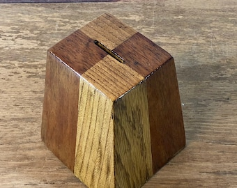 FREE WORLDWIDE SHIPPING - Vintage wood money bank from 1960s Sweden