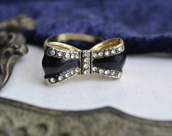 Vintage Black Enamel Bow Ring with Colourless Rhinestones, Ladies Ring, UK Size R, 1990s Diamante Pretty Ring