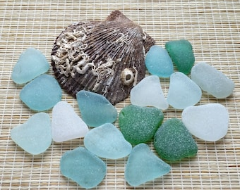 16 medium mix colors sea glass Surf tumbled sea glass Authentic sea glass Bulk beach glass For jewelry making, wedding decor, mosaic #440#