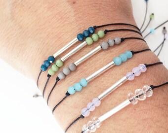 Friendship bracelet silver - adjustable bracelet - simple beaded bracelet - delicate bracelete - silver and glass beads bracelet -girlfriend