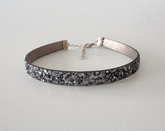 Sparkle Glitter Gunmetal Leather Choker Necklace